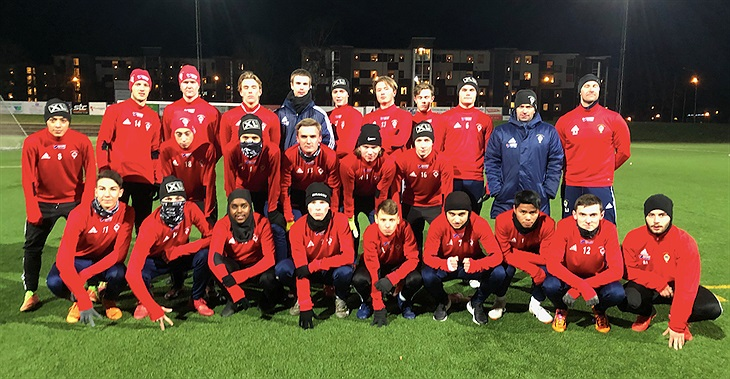 P18 19-truppen består av cirka 20 spelare födda i huvudsak 2000-2001.  Säsongen 2019 kommer vi att spela i seriespel i SvFF s Regionala  juniorserie Grupp 2 ... 18422deb9ab81