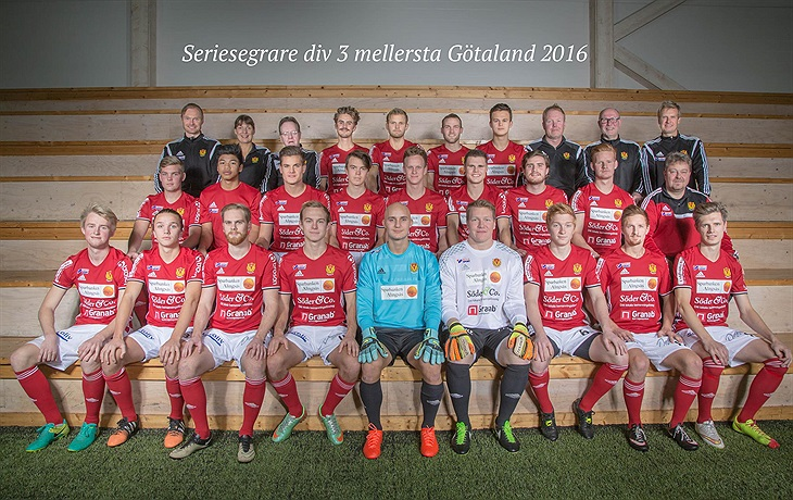 God Jul   Gott Nytt År!   Vårgårda IK - Fotboll - Svenskalag.se c874abff5b66c