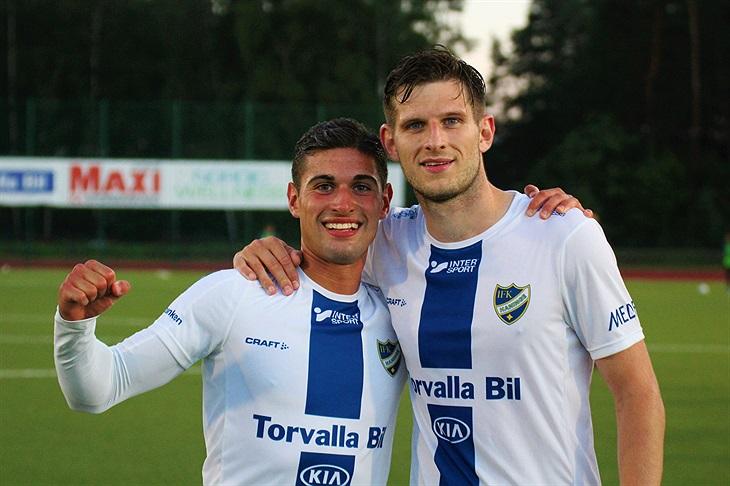Ashley Coffey matchvinnare med 3 mål / IFK Haninge - Herr - Svenskalag.se