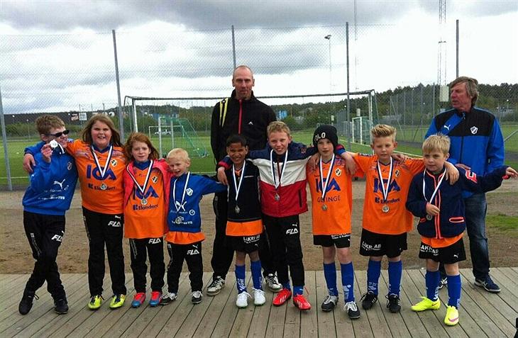 Söndagen 31 maj spelade HBK Fotboll För Allas yngsta lag cup i Kungsbacka  mot Stenungsund 79a1025754dc3